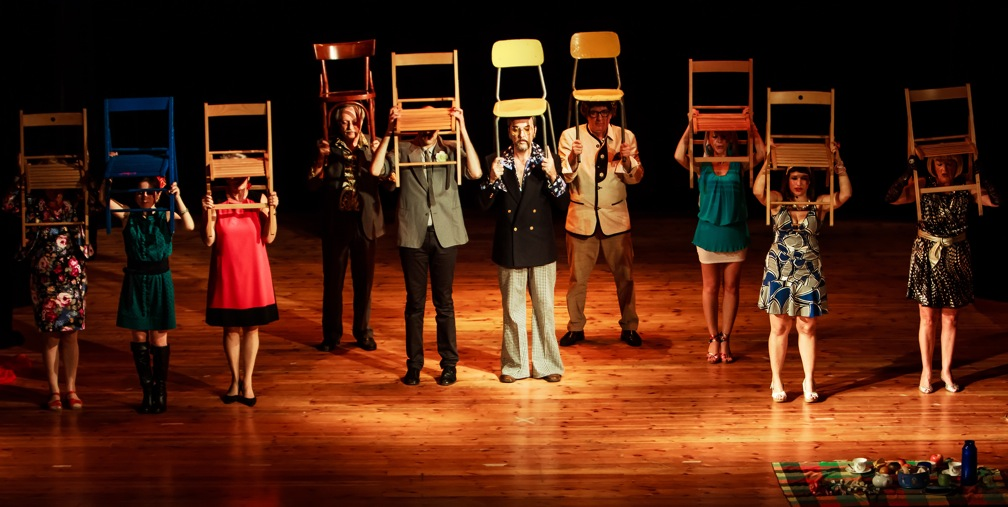 Alzo le mani: il teatro non mi piace!