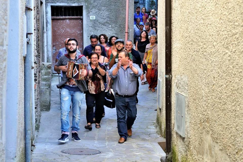 """Felici & Conflenti 3"" danze e musiche tradizionali in arrivo"