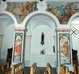 Fig.4 affreschi della navata destra
