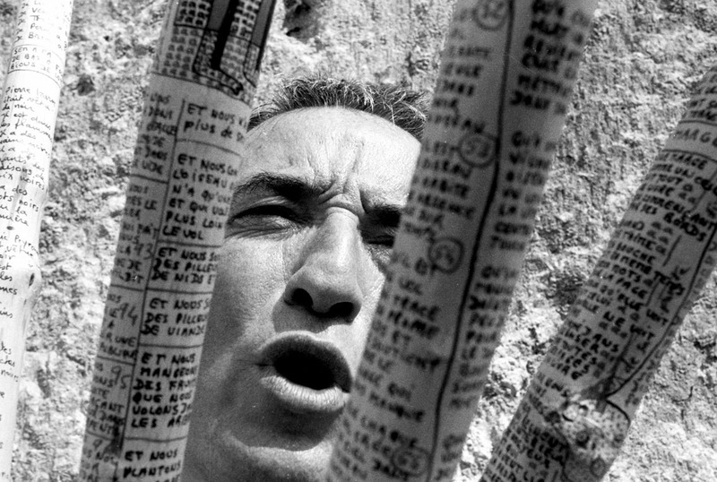 Vendicare le parole! La poesia d'azione di Serge Pey