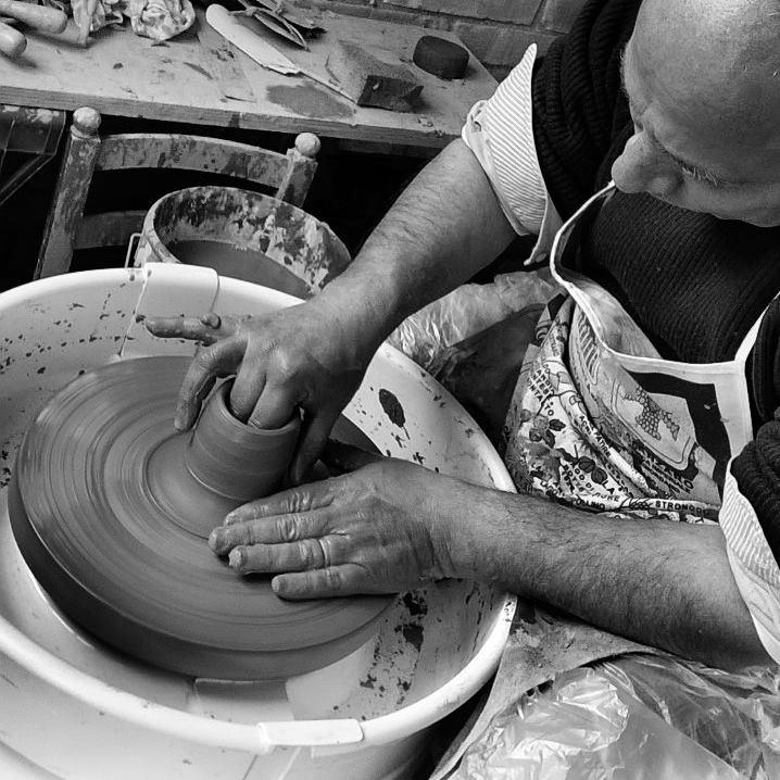 """Pizzo: Nasce l'idea del """"Laboratorio Borgo Attivo"""", Montesanti: """"Usiamo l'argilla per dare forma a memoria collettiva"""""""