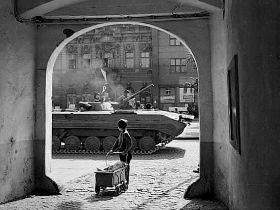 50 anni dopo la occupazione