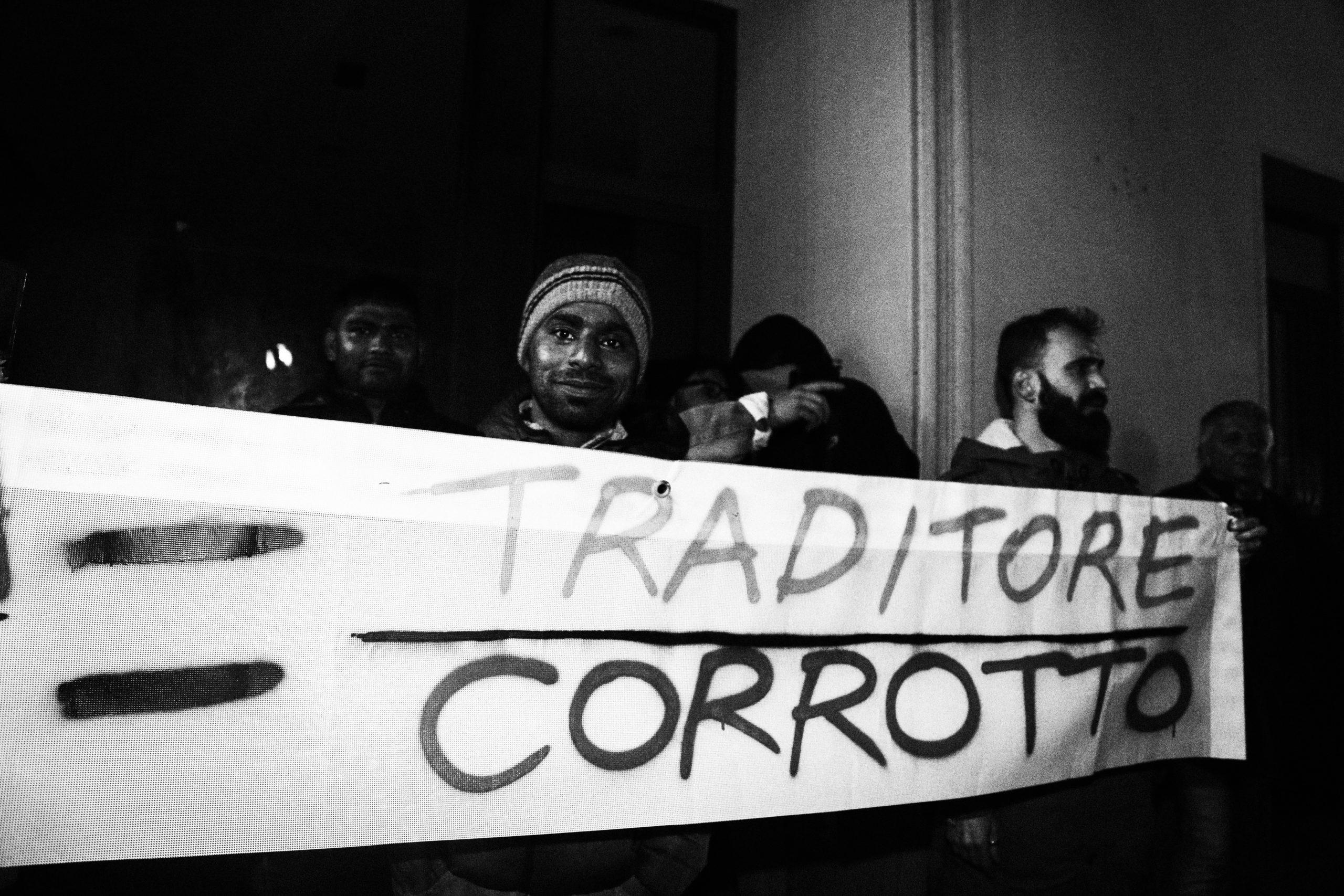 """Salvini contestato, """"A Lamezia scese in piazza oltre 300 persone"""""""