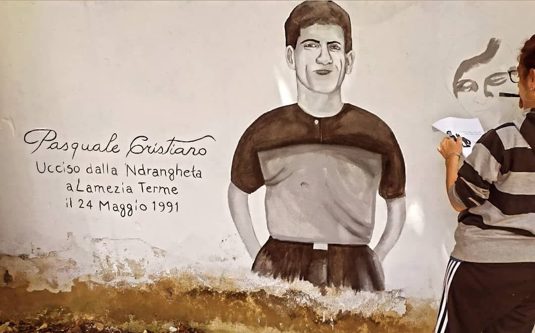 """""""Cristiano e Tramonte"""", un murales per continuare a fare rumore"""